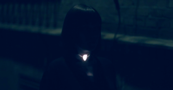 Neclumi - projected light jewellery - panGernerator